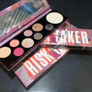 MAC-Girls-Risk-Taker-Palette-foto